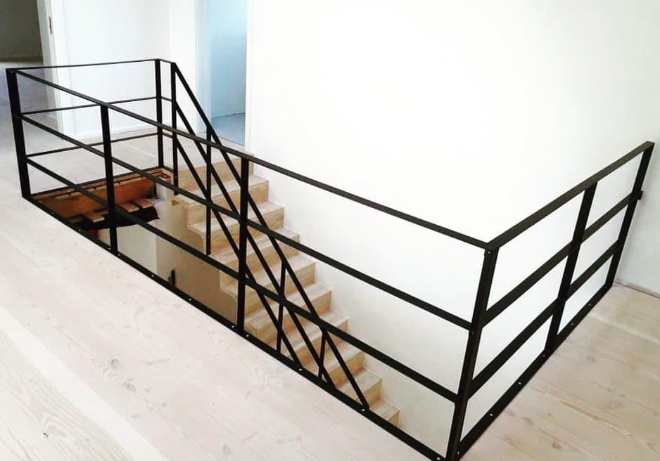 trappe-trappeløsning-ståltrappe-smede trappe-glas trappe-glasvaeg-new yorker trappe